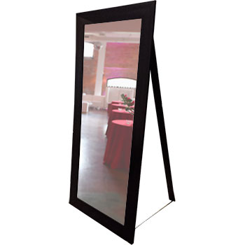 miroir auto portant g ant la nouvelle tabl e. Black Bedroom Furniture Sets. Home Design Ideas